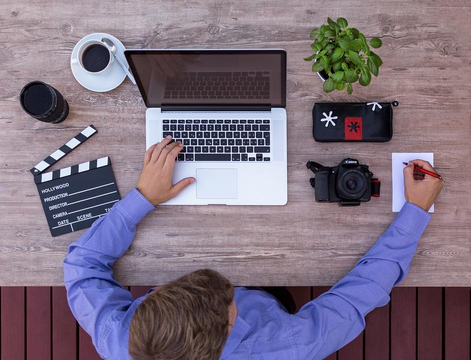 Quel prestataire faut-il appeler pour faire de la publicité en ligne ?